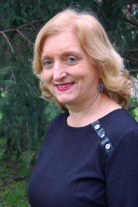 ELENA OYAGA